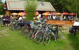 Pro cyklisty a turisty vhodné místo pro odpočinek tradiční místo